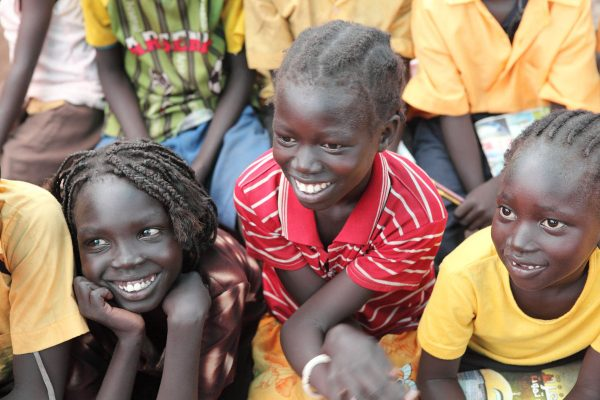 humanitarian-sudan-schoolkids