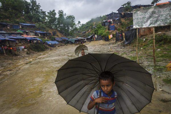 Rohingya_Child_Camp_RF21457